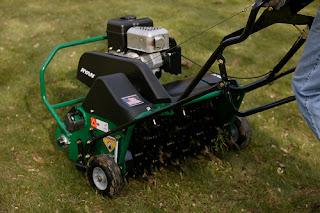 self propelled lawn aerator