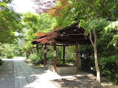 京都御苑・宗像神社 手水舎