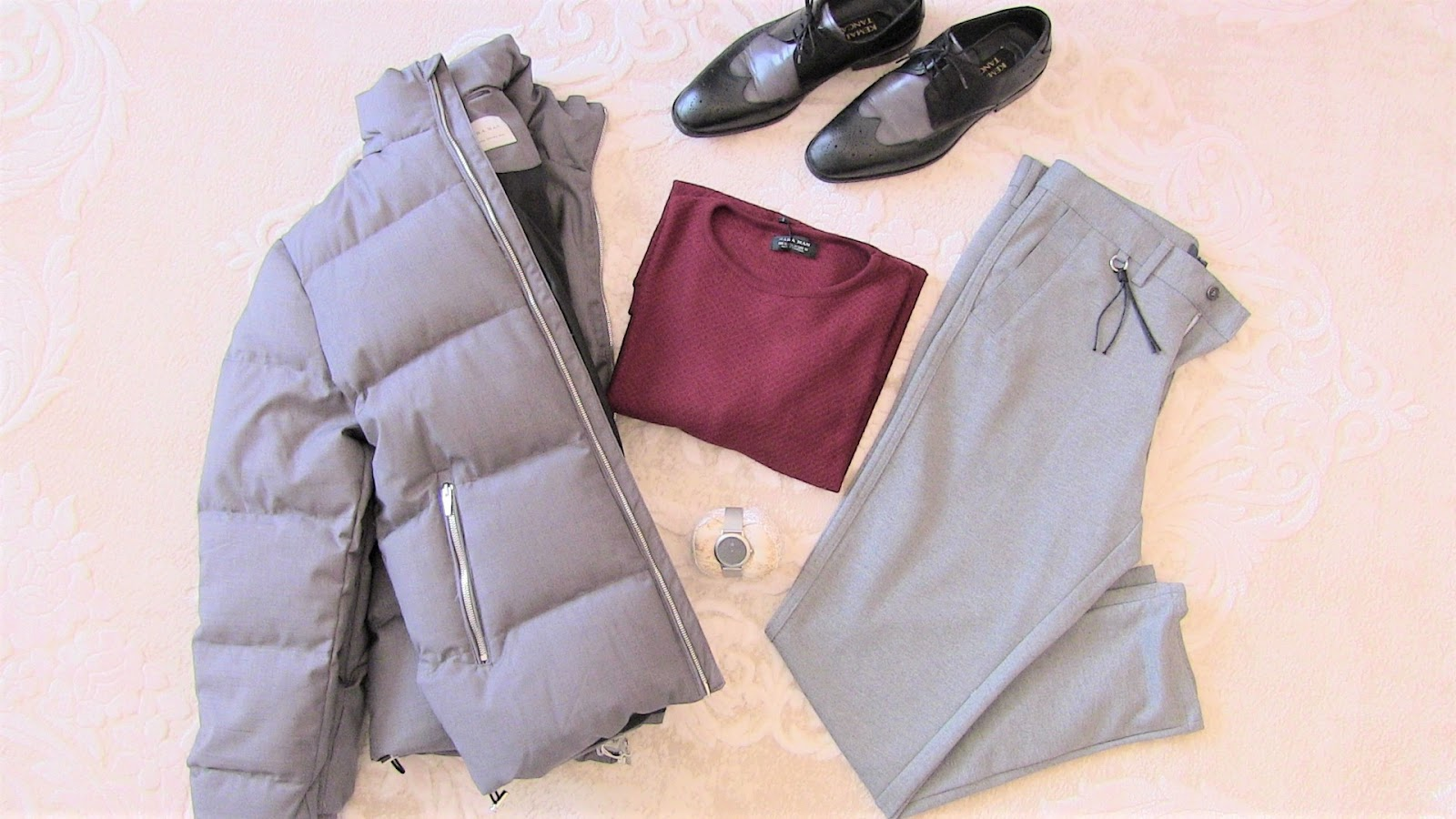 zara gri dolgulu şişme mont, zara gri pantolon, zara ince bordo triko, kemal tanca ayakkabı