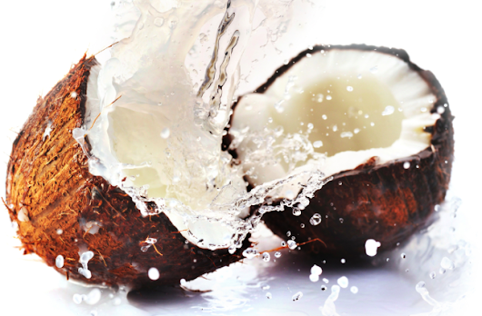 Coconut Oil: The Superfood and Super Cosmetic Product
