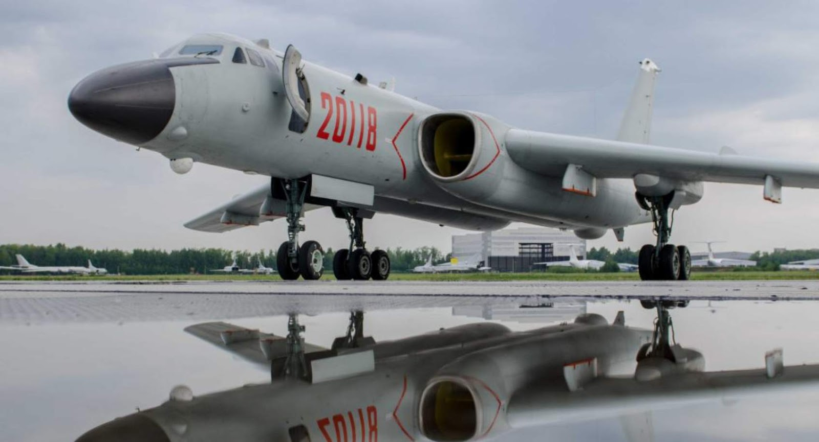 Pesawat China Pembom Xian H-6K dijuluki God of War