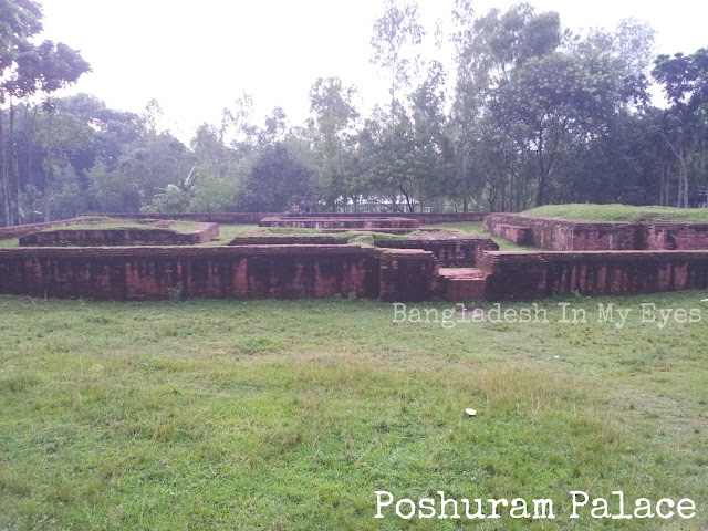 Parasuramer_Palace_Bogra