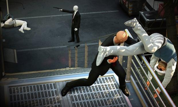 Hitman 2 in multiplayer mode.