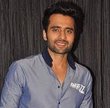 @instamag-jackky-bhagnani-starts-shooting-for-anandwaa