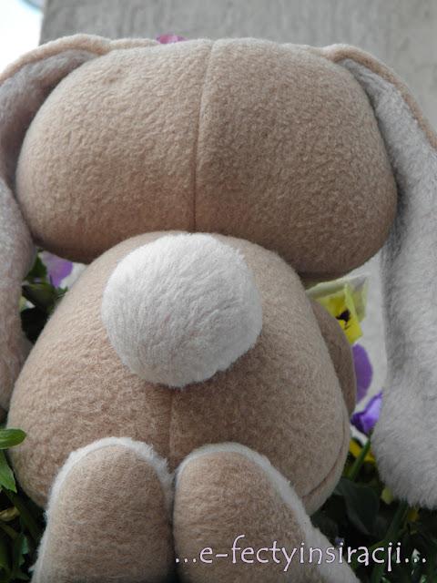 e-fectyinspiracji, królik maskotka, jak uszyć, zabawka dla dziecka, pomysł na prezent dla dziecka, akcja w dobrej sprawie,