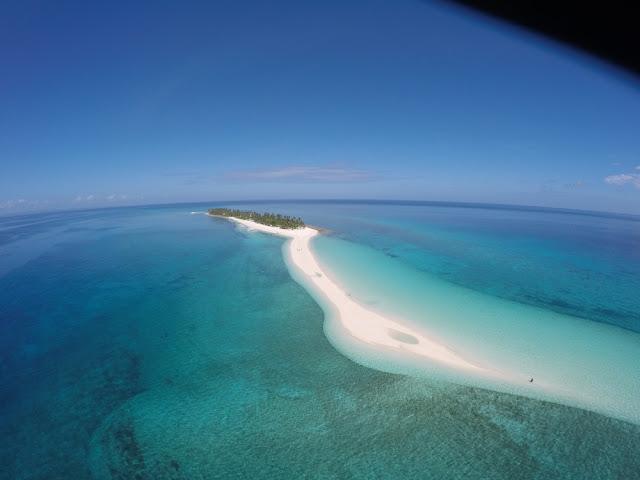 drone shot of Kalanggaman island