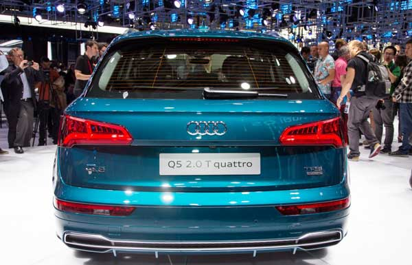 2018 Audi Q5 redesigned unveiled at the Paris Auto Show