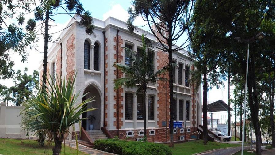 Foto da Escola Estadual Dr. Almeida Vergueiro
