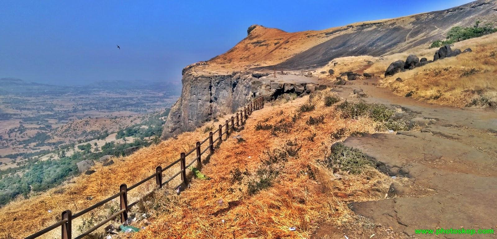 mountain-hills-photo-pictures-wallpaper-brahmagiri-hills-Nashik-free-nature images