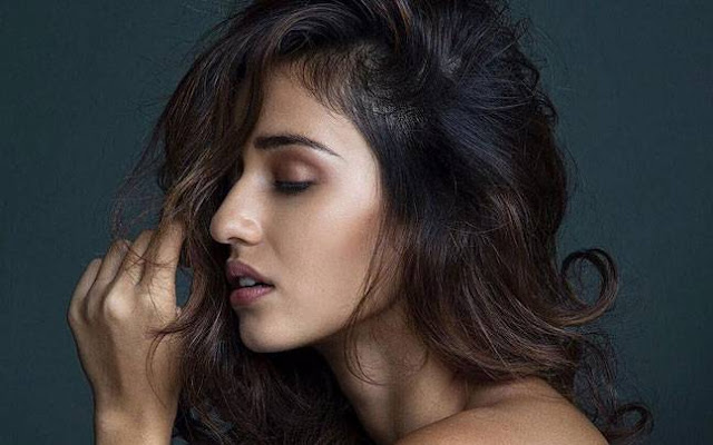 Disha Patani - HD Wallpapers  IMAGES, GIF, ANIMATED GIF, WALLPAPER, STICKER FOR WHATSAPP & FACEBOOK