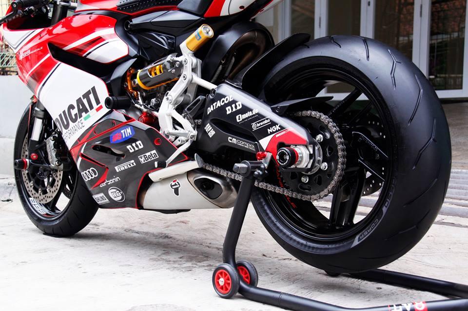 Harga Motor Ducati Panigale V