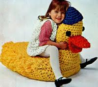 http://translate.googleusercontent.com/translate_c?depth=1&hl=es&rurl=translate.google.es&sl=en&tl=es&u=http://freevintagecrochet.com/free-toy-patterns/star218/toy-duck-pattern&usg=ALkJrhjYqkU9nPC7l0y2u1D91WDMAK81rQ