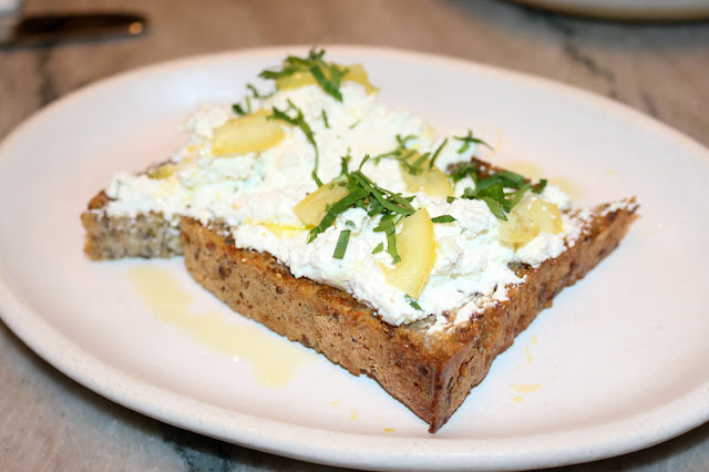 Walnut Street Cafe - Ricotta & Lemon Toast