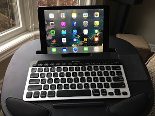 ipad-using 15 keyboard shortcuts for iPad that you should know Technology