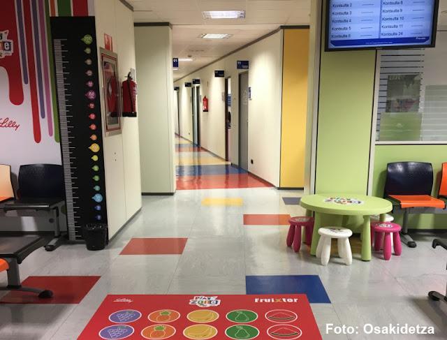 El hospital de Cruces habilita una zona de juegos educativos para los niños con diabetes