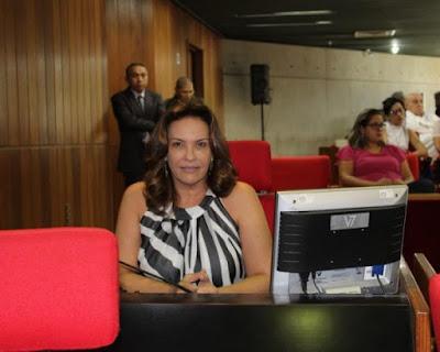 Resultado de imagem para Juliana Moraes Souza (PSB)