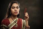 गर्भनिरोधक गोलियों का उपयोग, फायदे और नुकसान,मौखिक गर्भनिरोधक गोलियों के दुष्प्रभाव,गर्भ निरोधक गोली के साइड इफ़ेक्ट,गर्भनिरोधक गोली के नुकसान,बिना किसी दुष्प्रभाव भारत में सबसे अच्छा गर्भनिरोधक गोलियां,गर्भ निरोधक उपाय और उनके फायदे नुकसान,गर्भनिरोधक गोली खाने का तरीका, फायदे और नुकसान ,अनवांटेड 72 के फायदे और नुकसान ,