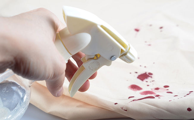 Cara Menghilangkan Noda Darah