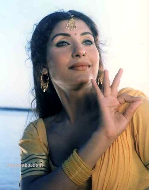 Nirma Pakistani mujra dancer