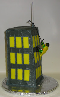 Robin Climbing Building Cake - Back View