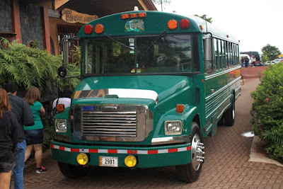 Autobus Freightliner en La Paz Waterfall Gardens