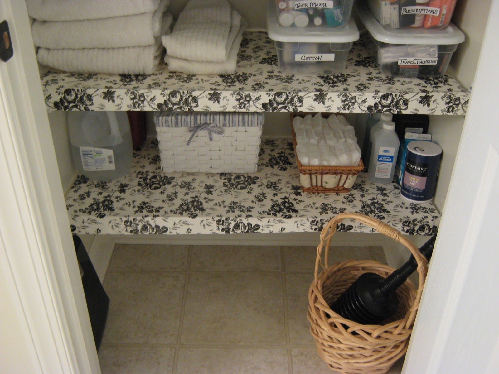 Fake It Frugal Diy Wire Shelf Liner