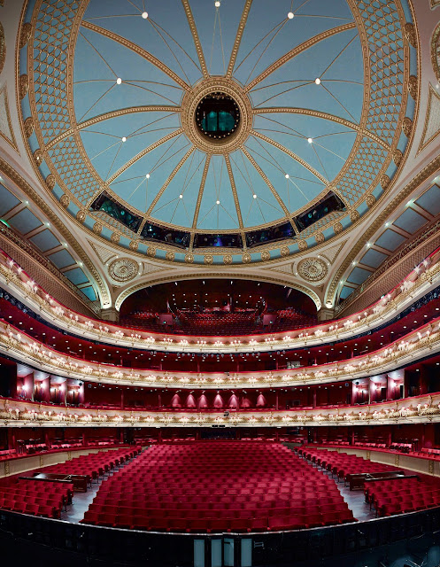 Photo of interior of The Royal Opera House in London (photo: Rolex/Ambroise Tézenas)
