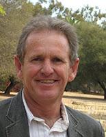 на фото Тревор Хасти (Trevor Hastie) соавтор книги «Основы статистического обучения: интеллектуальный анализ данных, логический вывод и прогнозирование» (2-е издание)