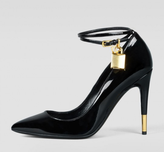 6d088c065973 Jennifer Lopez was spotted wearing the Padlock pumps from Tom Fords Fall  2012 Collection. This patent leather 4 ¼ inch golden-detailed
