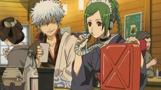 Gintoki i Tama w barze