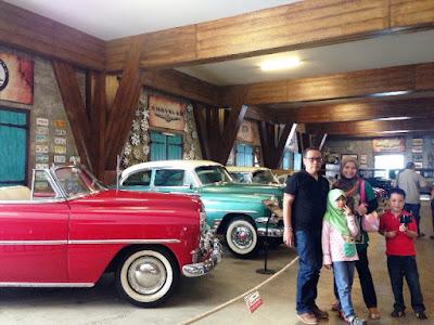 koleksi mobil antik museum angkut malang wisata edukasi seru di kota batu jawa timur nurul sufitri blogger mom lifestyle pegipegi liburan tempat wisata indonesia