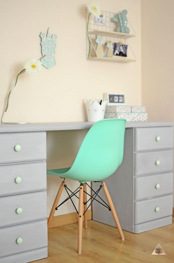 transformación de un mueble con pintura a la tiza