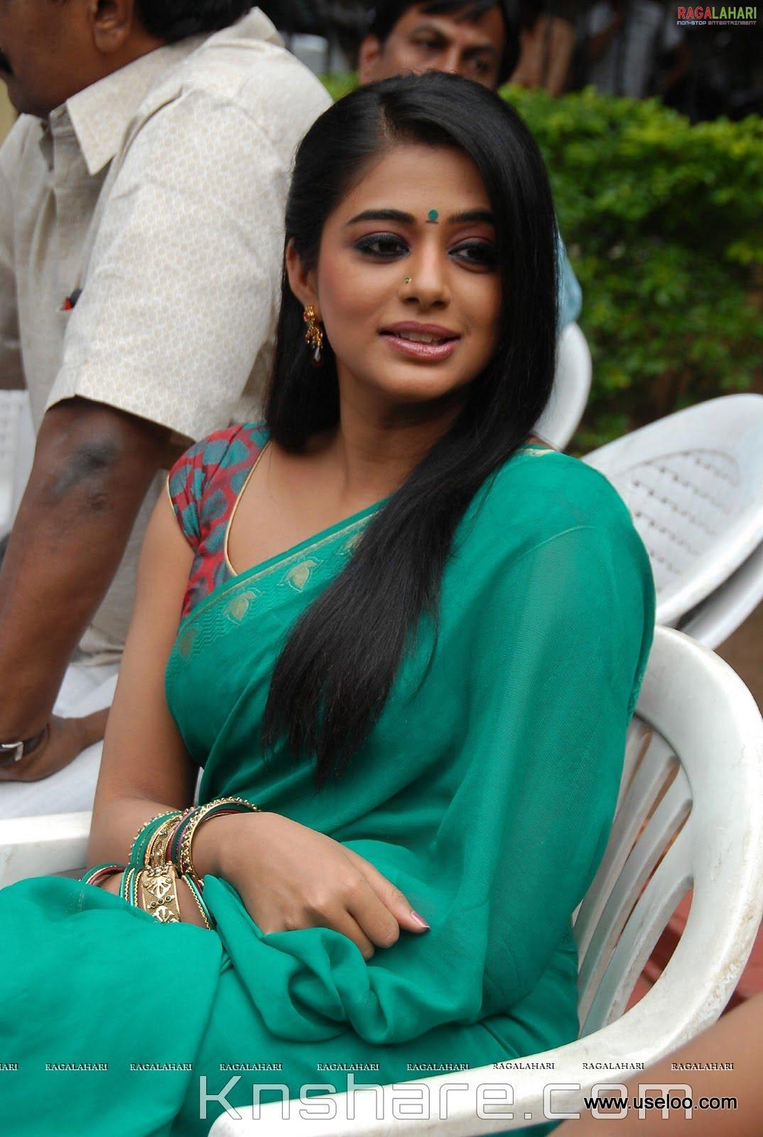 Priyamani Boobs And Curves  Hard On Guranteed - Indian -9428