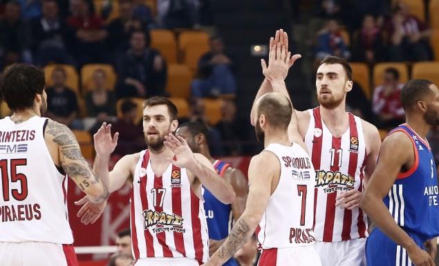 Ο Ολυμπιακός πήρε το πλεονέκτημα και βλέπει Βελιγράδι