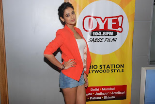 Sonal Chauhan visits Radio stations to Promote 3G