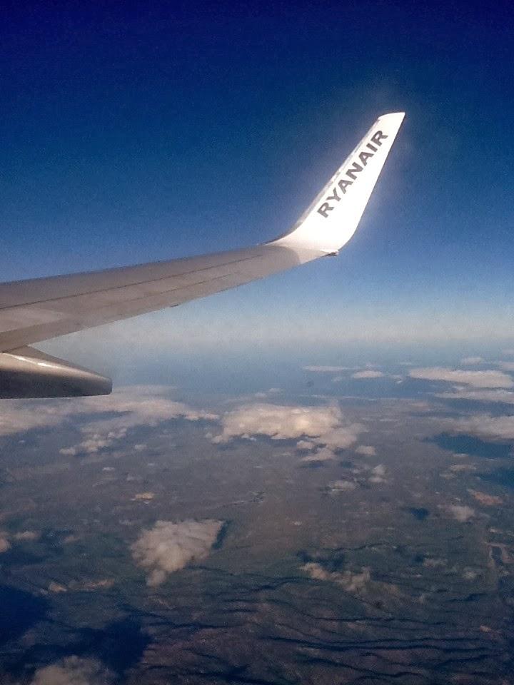 Ryanair flyger fran sturup till london