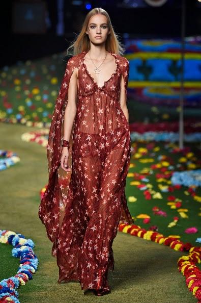 Nova tendência, estrelinhas são as estampas da vez nos desfiles de moda i