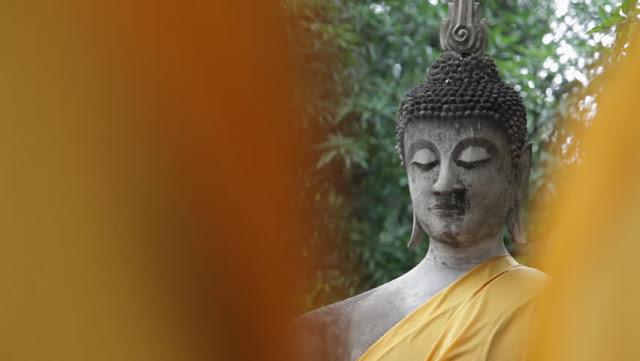 Wat Chaiwatthanaram: approach your spiritual side
