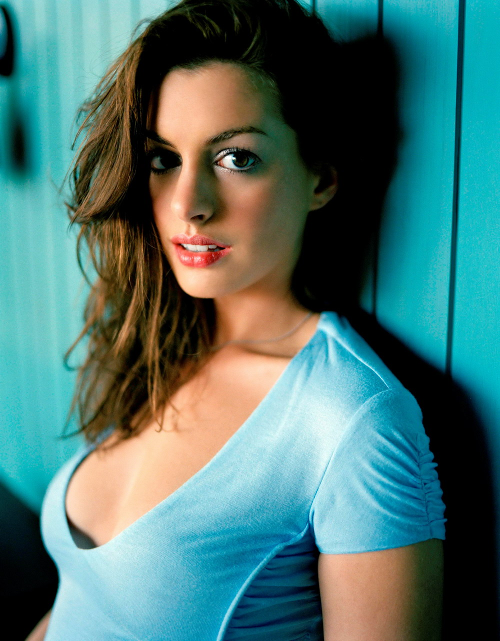 Unseen Anne Hathaway Hot Wallpapers