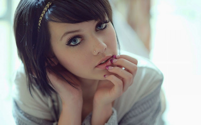 Most charming girls in the world, World tops Beautiful Girls Wallpaper