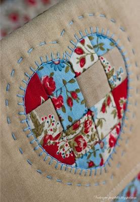 aplicação de coração em patchwork