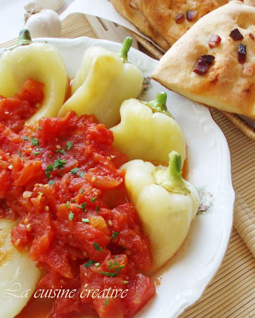 Pecene paprike u sosu od paradajza