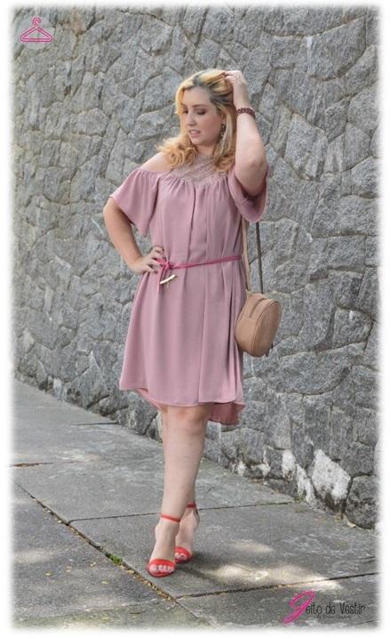 look-do-dia-vestido-rosa-sandália-vermelha-blog-jeito-de-vestir-street-style