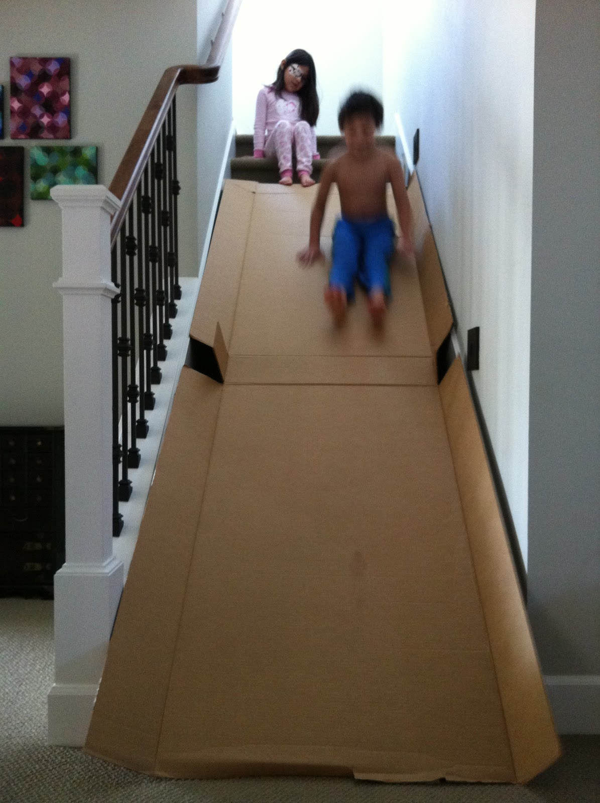 The contemplative creative cardboard slide - Que faire avec un grand tube en carton ...