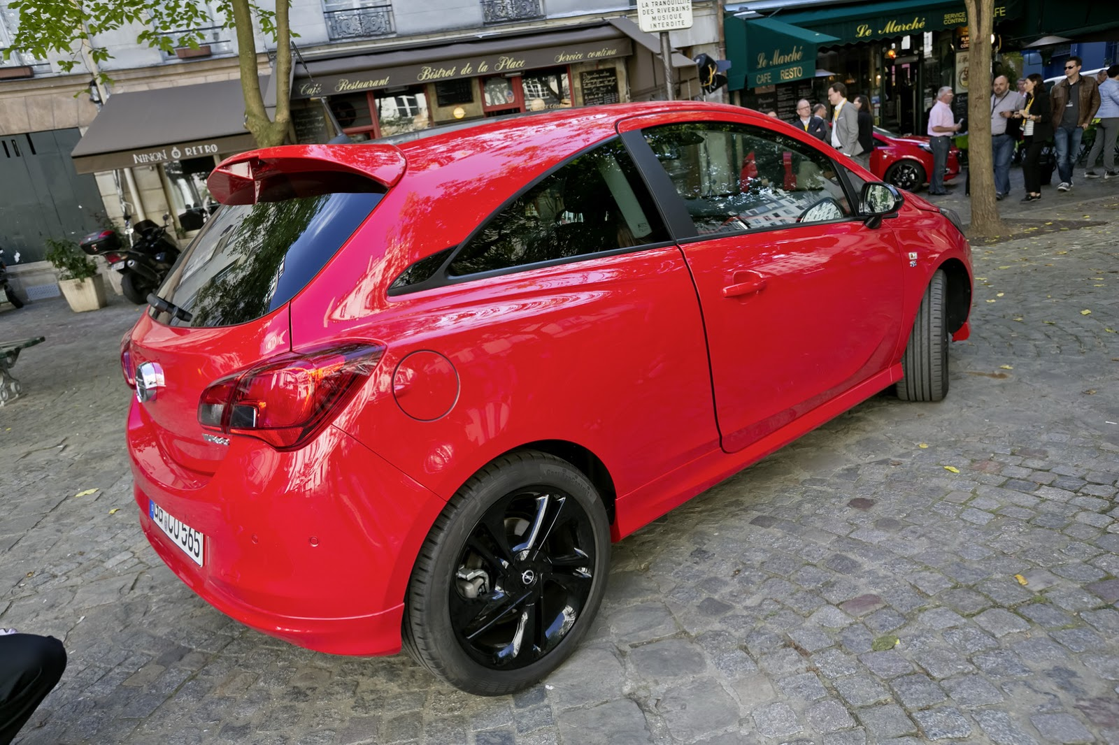 new opel corsa hits paris debuts alongside claudia schiffer carscoops. Black Bedroom Furniture Sets. Home Design Ideas