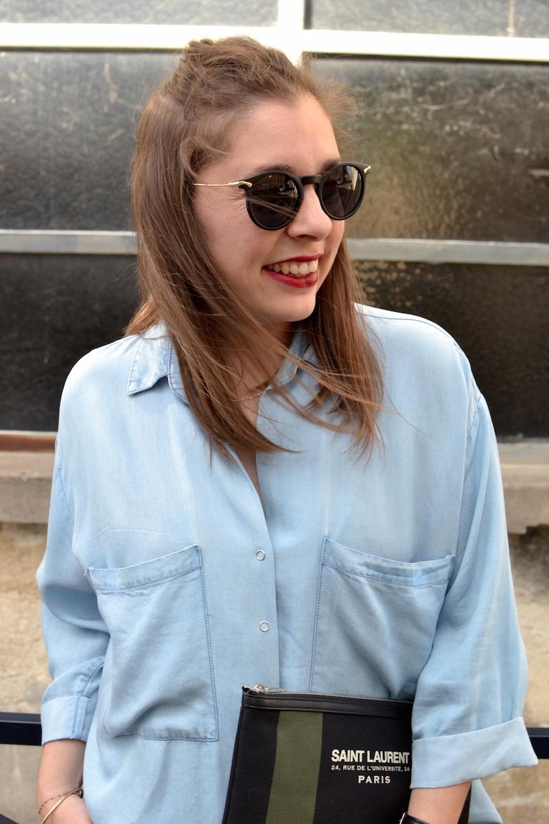 chemise en jean fluide Pimkie, lunette de soleil ronde Asos, pochette Saint Laurent de la Boutique Espaces