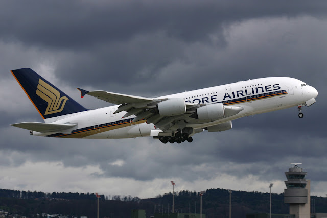 Singapore Airlines Airbus A380-800 Landing Gear Retracted