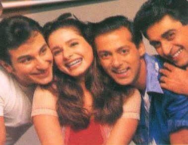 Salman Khan,Saif ali khan, mohnish bahl and Neelam Kothari in Hum sath sath hain movie