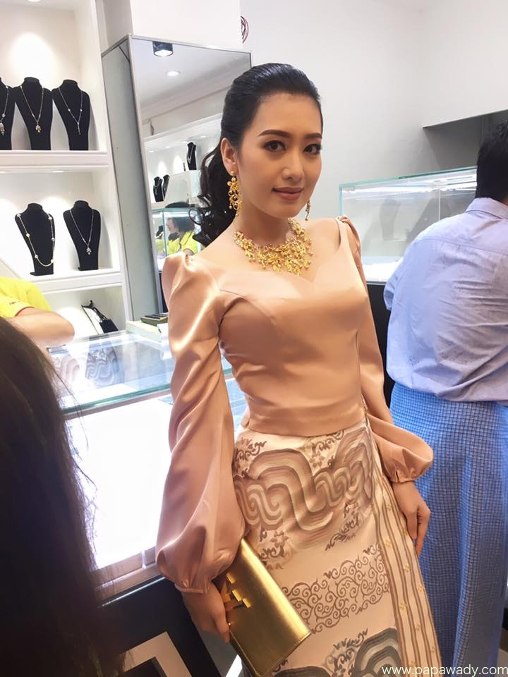 Yu Thandar Tin Fashion At Jewelry Store Opening