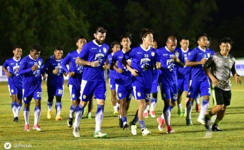 Persib Bandung Bawa 19 Pemain ke Batam